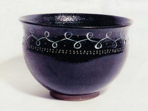 Sort skål, Bornholmsk ler. Sønderjyllands Kunstmuseum